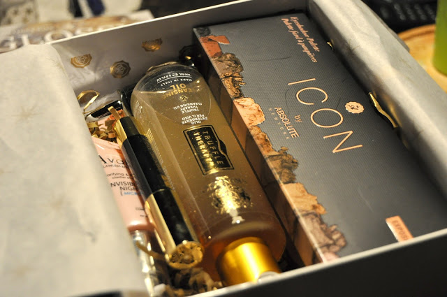 Glossybox – Special Golden Christmas Edition 2016