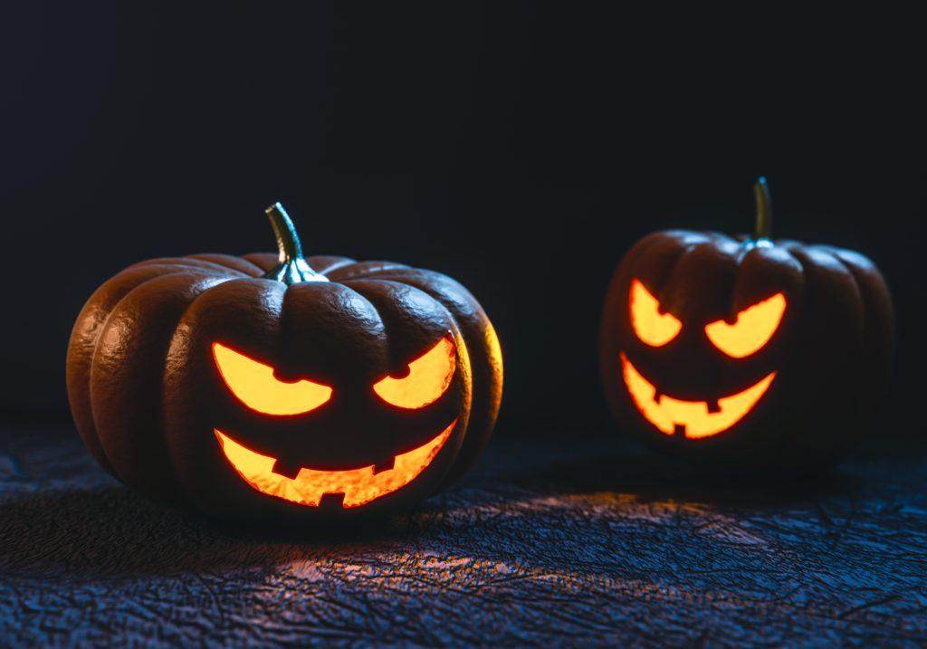 Süßes oder Saures? Schnelle Halloween DIYs mit WOW Faktor